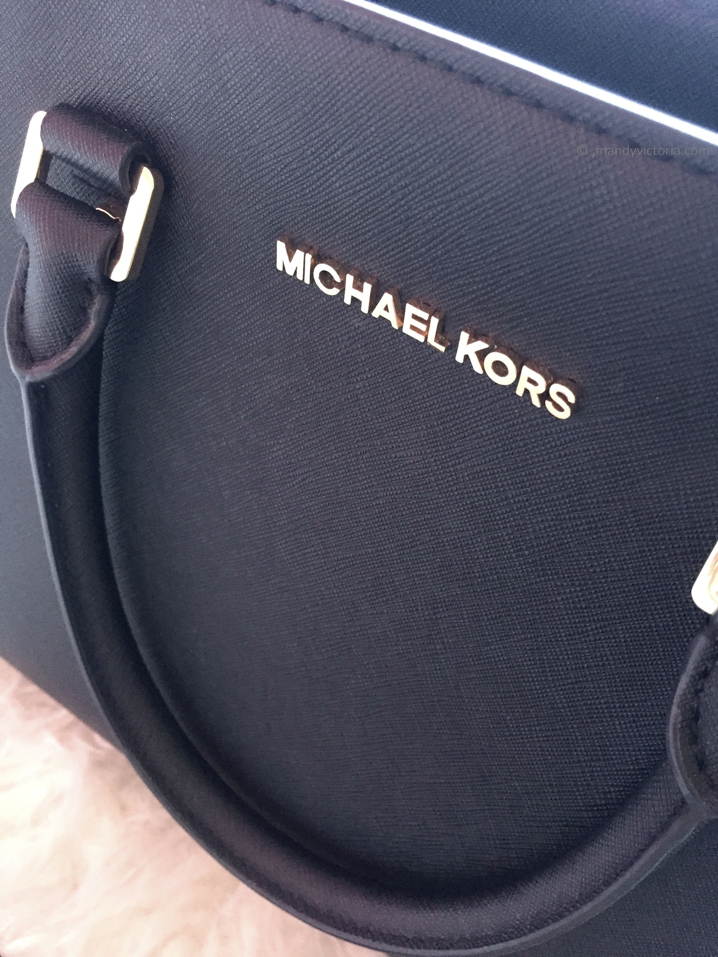 michael kors side