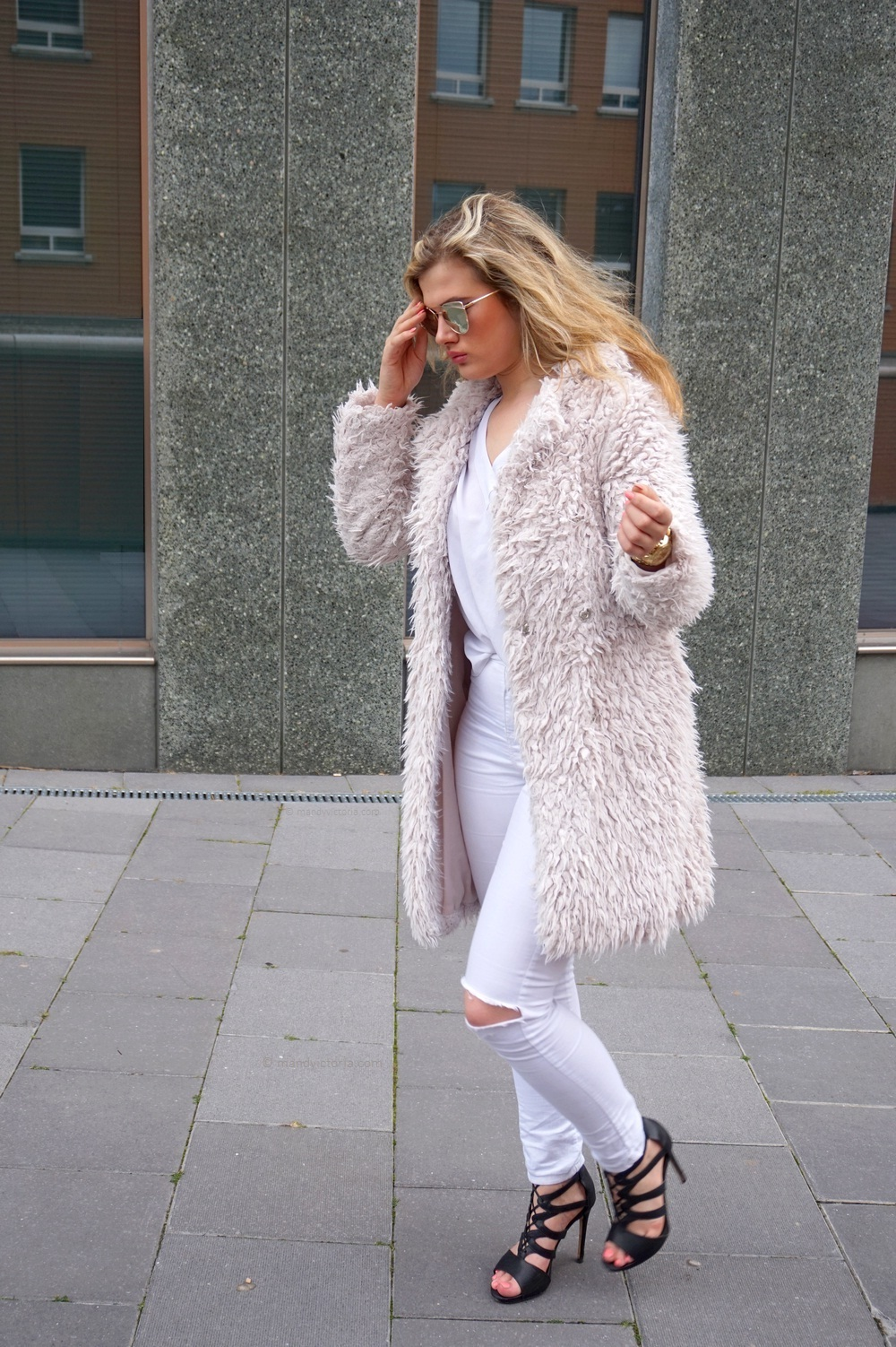 copyright_mandyvictoria_com_outfit_crystal