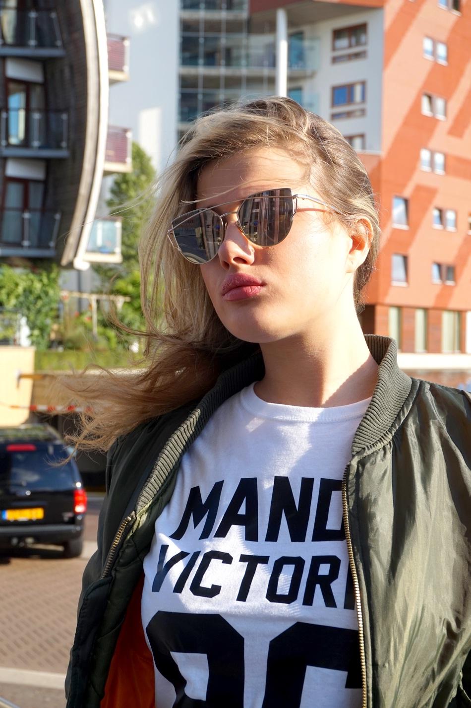 copyright_mandyvictoria_customizedshirt